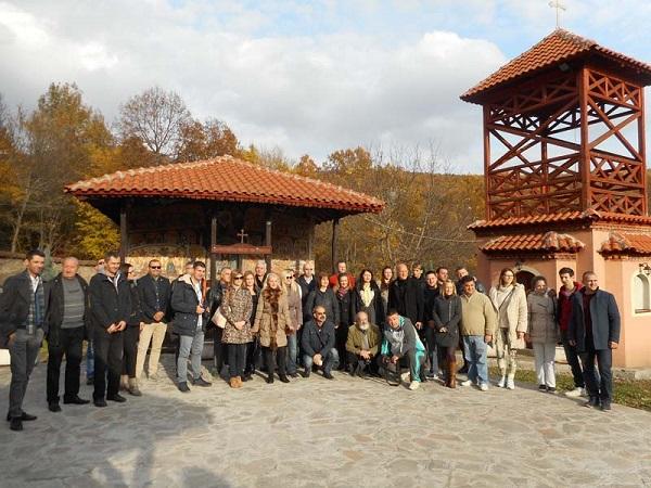 Делегација директора Туристичких организација из Србије у посети Јашуњском манастиру