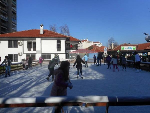 Бесплатно клизање за све школарце!